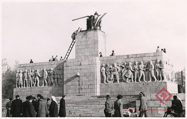 Csizma tér 1956 október